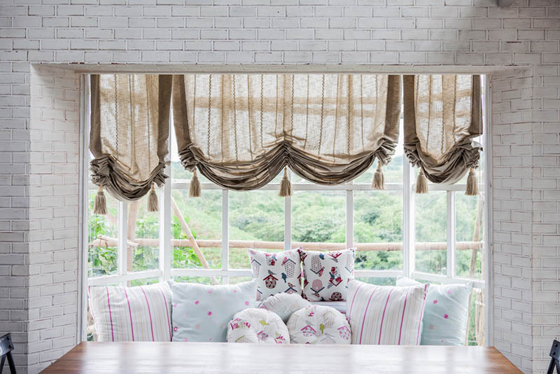 Bay Window Curtain Ideas For Any Home Buy Curtain Track Online